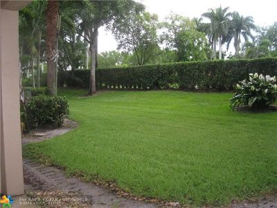 Lake Worth Condo/Townhouse Backup Contract-Call LA: 6976 Brook Hollow Rd #6976