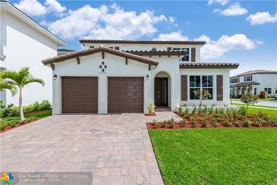 Miami Single Family Home For Sale: 17621 SW 152nd Ave