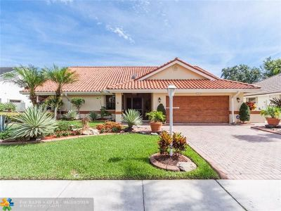 Boca Raton Single Family Home For Sale: 8641 Vista Del Boca Dr