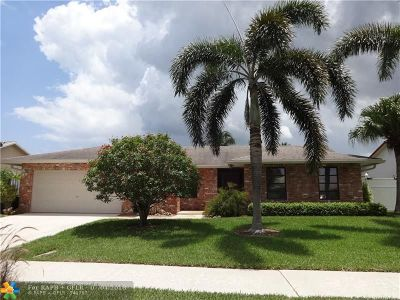 Deerfield Beach Single Family Home For Sale: 2814 SW 13th Dr