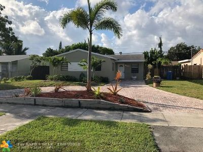 Oakland Park Single Family Home For Sale: 630 NE 59th Ct