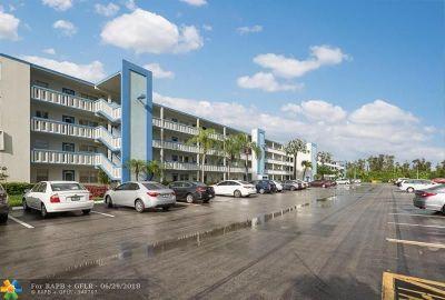 Boca Raton Condo/Townhouse For Sale: 3010 Lincoln A #3010