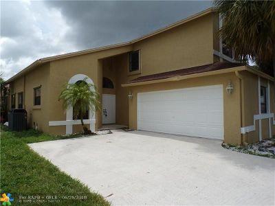 Boca Raton Single Family Home For Sale: 8559 Shawe Way