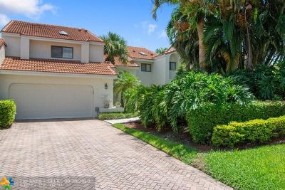 Boca Raton Condo/Townhouse For Sale: 7336 Woodmont Ct #7336