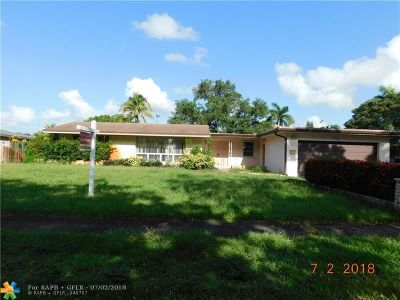Plantation Single Family Home For Sale: 151 SW 58th Ave