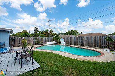 Dania Beach Single Family Home For Sale: 521 NE 2nd St