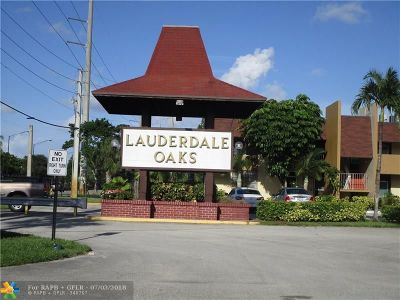 Lauderdale Lakes Condo/Townhouse For Sale: 3091 NW 46th Ave #306c