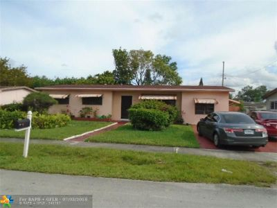 Miami Gardens Single Family Home For Sale: 3970 NW 191st Ter
