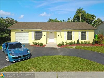 Sunrise Single Family Home For Sale: 2140 NW 107th Ter