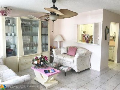 Deerfield Beach Condo/Townhouse For Sale: 1006 Durham A #1006