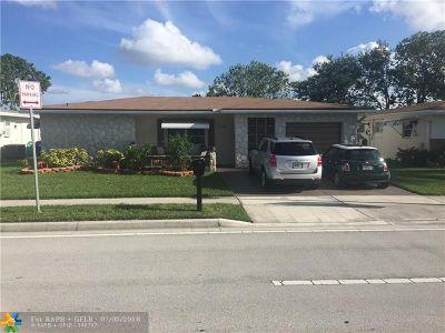 Margate Single Family Home For Sale: 6940 N Margate Blvd