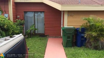 Lauderhill Condo/Townhouse For Sale: 2429 NW 55th Ave #2429