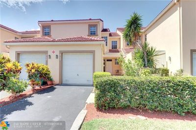 Coral Springs Condo/Townhouse For Sale: 9790 Royal Palm Blvd #9790