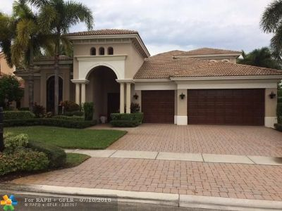 Delray Beach Single Family Home For Sale: 8793 Valhalla Dr