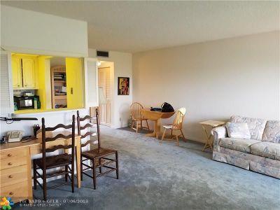 Boca Raton Condo/Townhouse For Sale: 198 Preston #198-E
