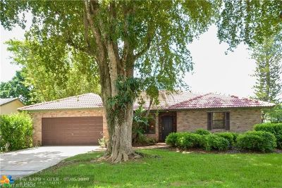 Coral Springs Single Family Home For Sale: 7014 NW 39th Ct