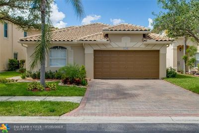 Coral Springs Single Family Home For Sale: 12107 NW 46th St