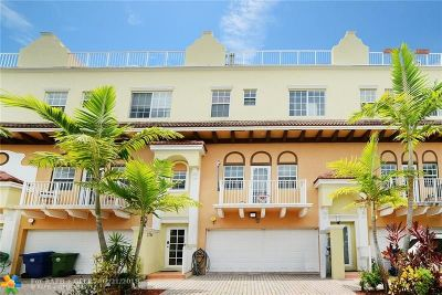 Wilton Manors Condo/Townhouse For Sale: 2702 NE 8th Ave #2702