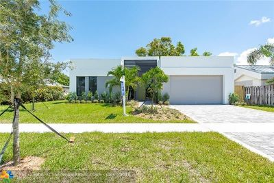 Wilton Manors Single Family Home For Sale: 318 NE 25th St