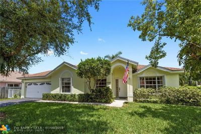 Sunrise Single Family Home For Sale: 1060 SW 149th Ln