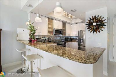 Wilton Manors Condo/Townhouse For Sale: 2631 NE 14th Ave #204