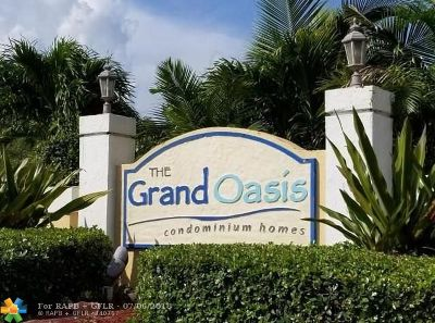 Coral Springs Condo/Townhouse For Sale: 5661 Riverside Dr #105-B7