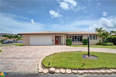 Pompano Beach Single Family Home For Sale: 990 SE 5th Ct