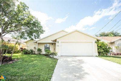 Jupiter Single Family Home For Sale: 6255 Foster St