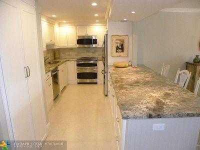 Pompano Beach Condo/Townhouse Backup Contract-Call LA: 3095 N Course Dr #307