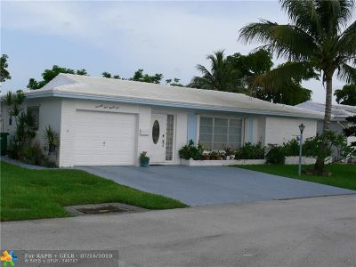 Tamarac Single Family Home For Sale: 7422 NW 66th Ter
