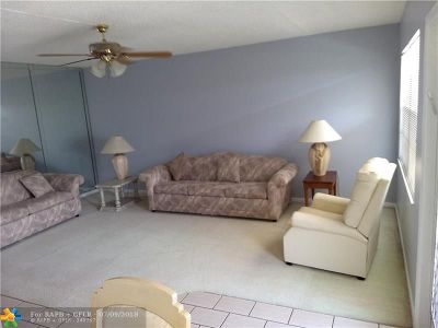 Deerfield Beach Condo/Townhouse For Sale: 324 Richmond C #324