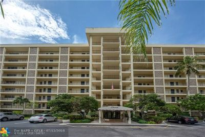 Pompano Beach Condo/Townhouse For Sale: 3200 N Palm Aire Dr #402