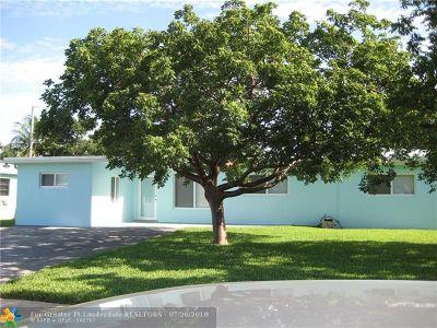 Pompano Beach Single Family Home For Sale: 273 SW 11 Court