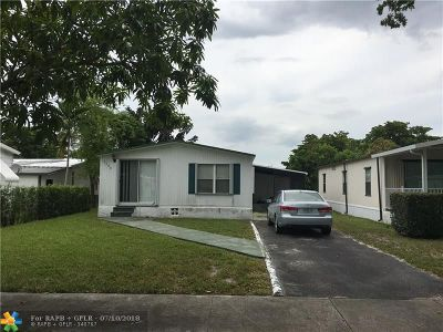 Fort Lauderdale Single Family Home For Sale: 5300 SW 30th Way