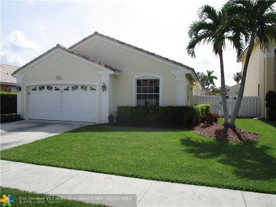 Pembroke Pines Single Family Home For Sale: 1051 NW 189 Avenue