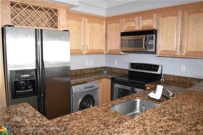 Condo/Townhouse For Sale: 150 NE 15th Ave #136