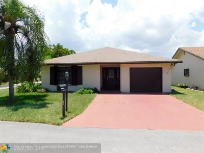 Deerfield Beach Single Family Home For Sale: 1755 SW 19th Ave