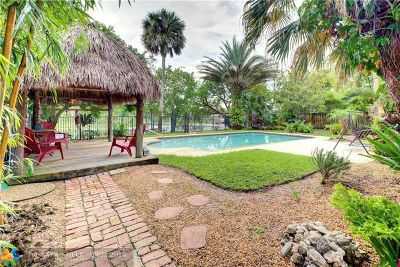 Coconut Creek Single Family Home For Sale: 1040 NW 45th Ave