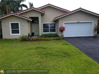 Davie Single Family Home For Sale: 4850 SW 61st Ave