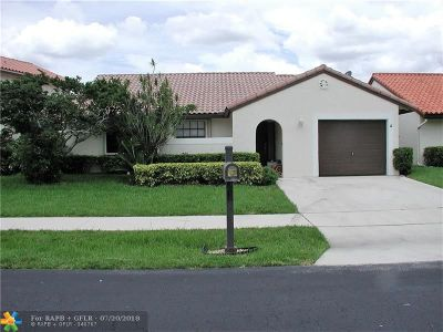 Deerfield Beach Single Family Home For Sale: 11 Capitol Ct