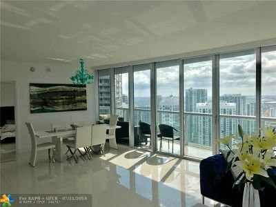 Miami Condo/Townhouse For Sale: 465 Brickell Ave #4602