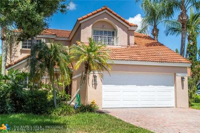Davie Single Family Home For Sale: 2857 Oak Park Cir