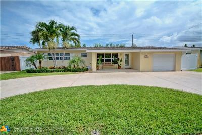 Deerfield Beach Single Family Home For Sale: 170 SE 10th Ct