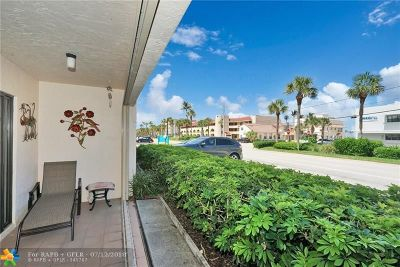 Lauderdale By The Sea Condo/Townhouse For Sale: 4140 N Ocean Dr #101E