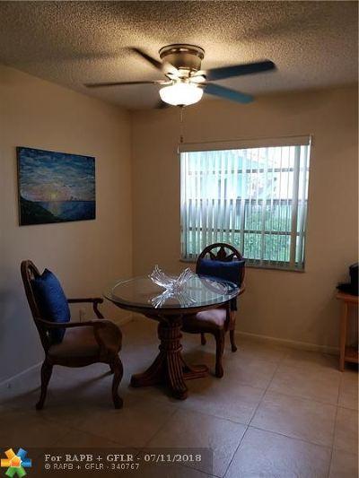 Delray Beach Condo/Townhouse For Sale: 293 Burgundy G #293