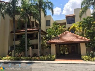 Miami Condo/Townhouse For Sale: 8810 SW 123rd Ct #M408
