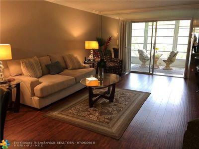 Coconut Creek Condo/Townhouse For Sale: 3403 Bimini Ln #F3