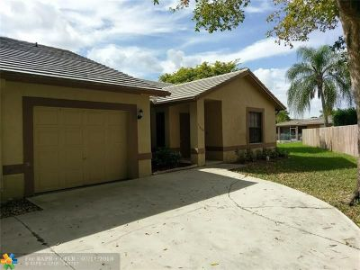 Coral Springs Single Family Home For Sale: 11808 NW 32nd Ct