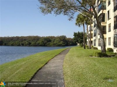 Coconut Creek Condo/Townhouse For Sale: 3100 NW 42 Av #D 306