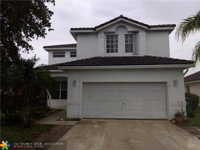 Pembroke Pines Single Family Home For Sale: 16555 NW 23 St